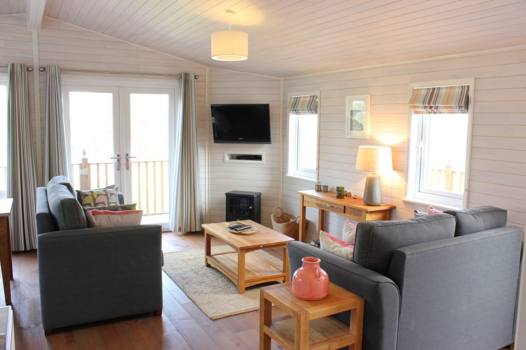Dog friendly lodge to let Cornwall